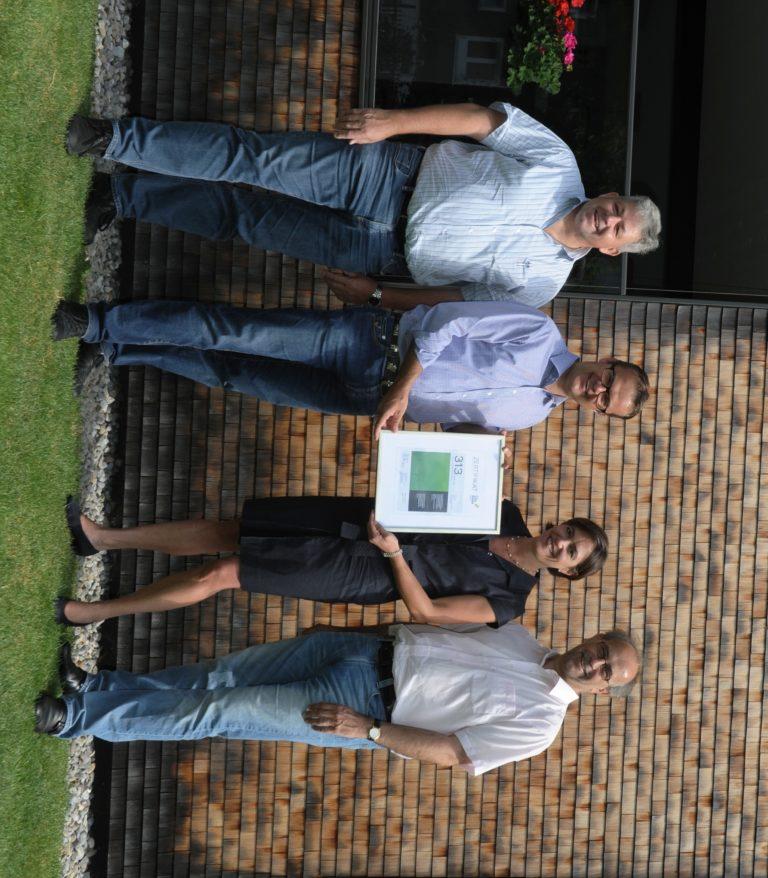 R. Jussel, M. Züger, K. Lehmann, U. Germerott (v.l.n.r.) bei der Übergabe des ersten CO2-Zertifikates