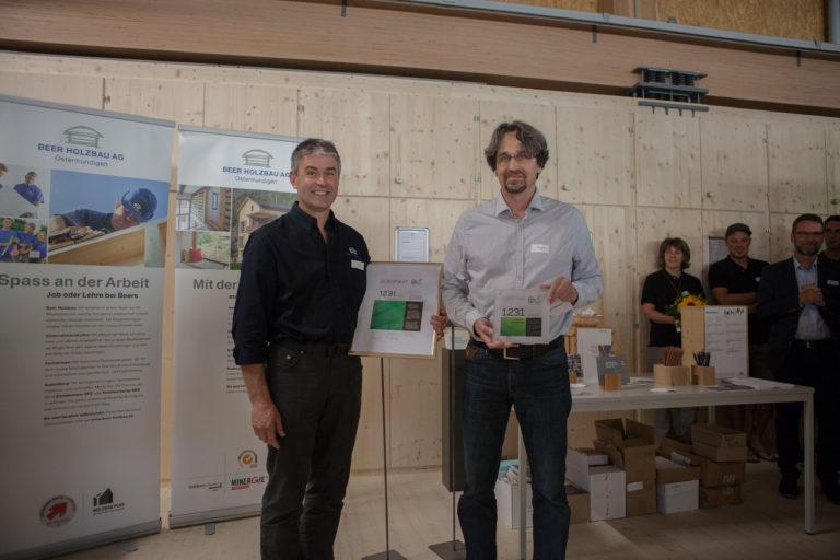 Zertifizierung. Beer Holzbau AG erhält CO2-Zertifikat